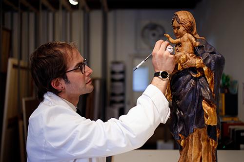 Matthew Horowitz of Revive Art Restoration